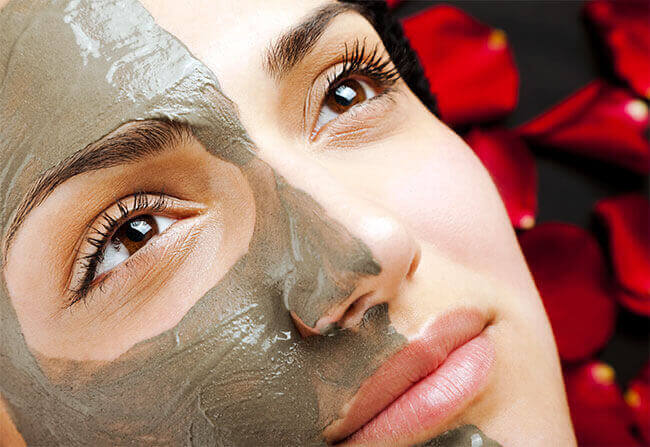 Процедуры комплексного ухода за кожей лица в клинике косметологии