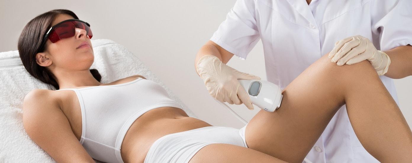 Лазерная эпиляция: удаляем волосы в клинике косметологии